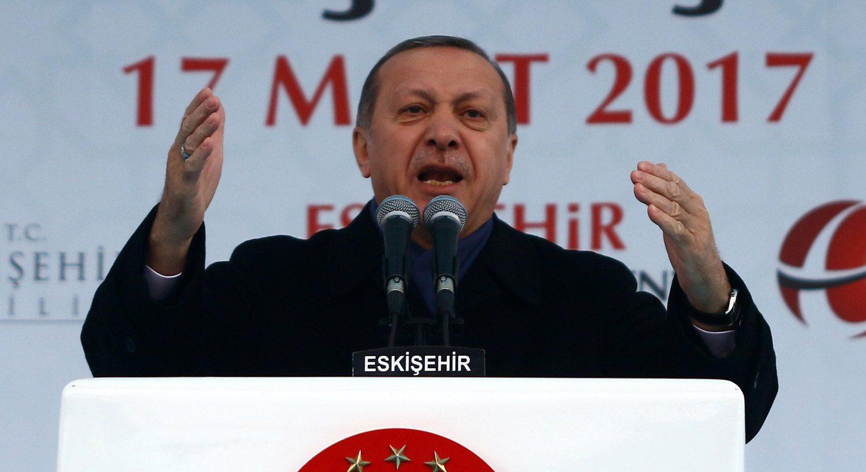 Erdoğan: Üç değil beş çocuk yapın