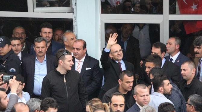 Başbakan Yardımcısı Şimşek: 16 Nisan'da Türkiye'nin önünü açın
