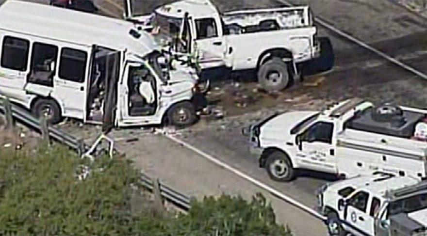 ABD'de şoke eden kaza: Çok sayıda ölü var