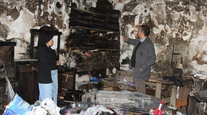 Başkale'de yangın evi küle çevirdi