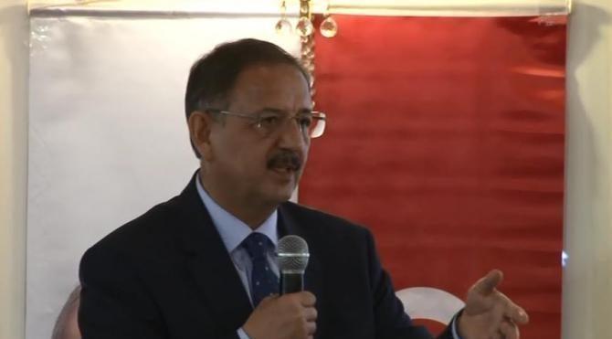Bakan Özhaseki: (Kentsel dönüşüm) 16 Nisan'dan sonra bir yasa hazırlığımız var