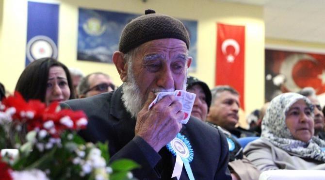 Sivas'ta şehitleri anma programında duygulu anlar