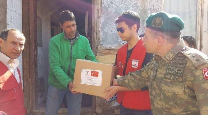 Türk Kızılayı ile Türk askeri 10 bin Kosovalı ailenin yüzünü güldürdü