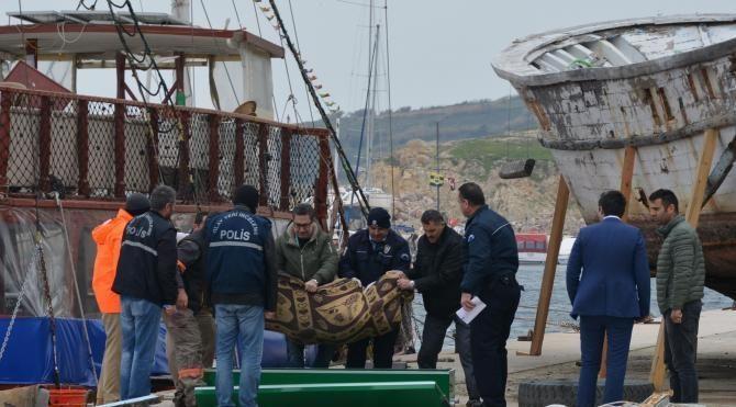 Bandırma'da denizde ceset bulundu