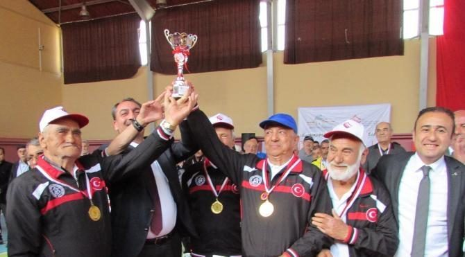 Yetişkin Gençler Bocce Turnuvası'nda şampiyon Uşak