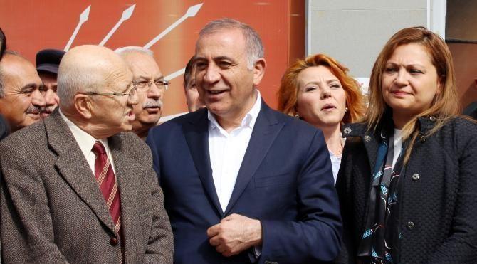 CHP'li Tekin: Hayır oyları çok yüksek oranda