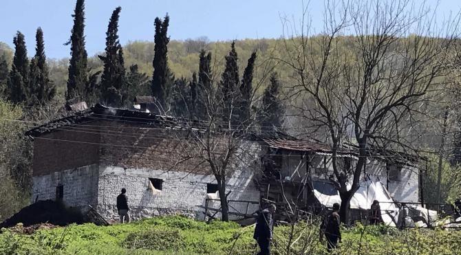 Afgan uyruklu 3 çocuk yanarak öldü