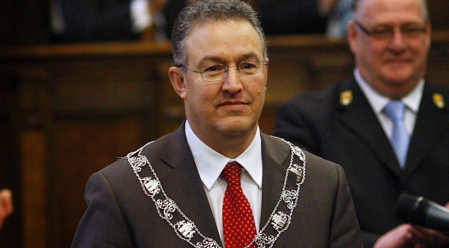 Rotterdam'ın Fas asıllı Müslüman Belediye Başkanı!