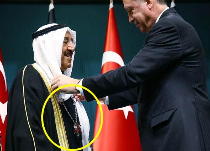 FOTO: Cumhurbaşkanlığı / Kuveyt Emiri'ne verilen nişanın Danıştay kararından önce ki olması dikkat çekti.