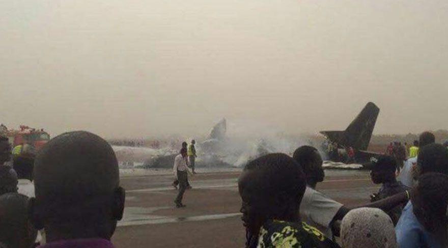 Son dakika haberi… Güney Sudan'da yolcu uçağı düştü