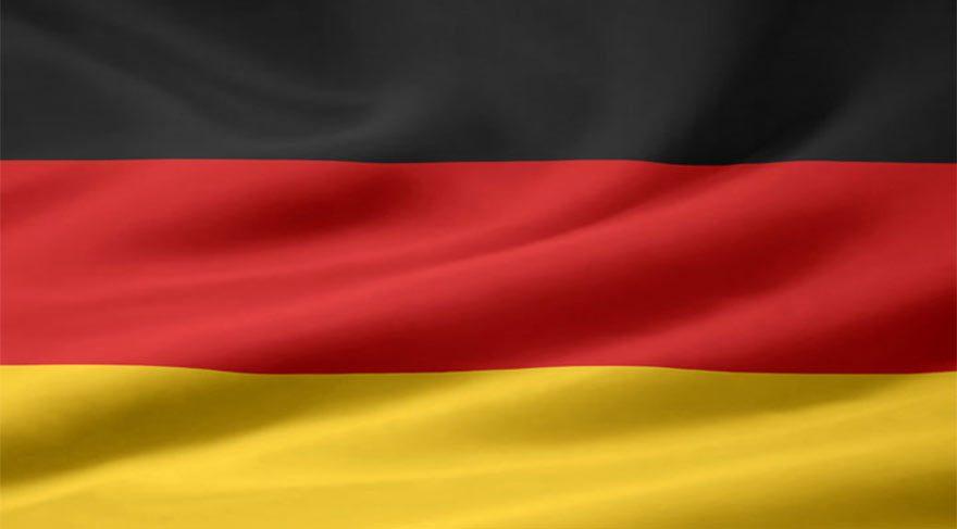MİT liste verdi, Almanya FETÖ'cüleri uyardı