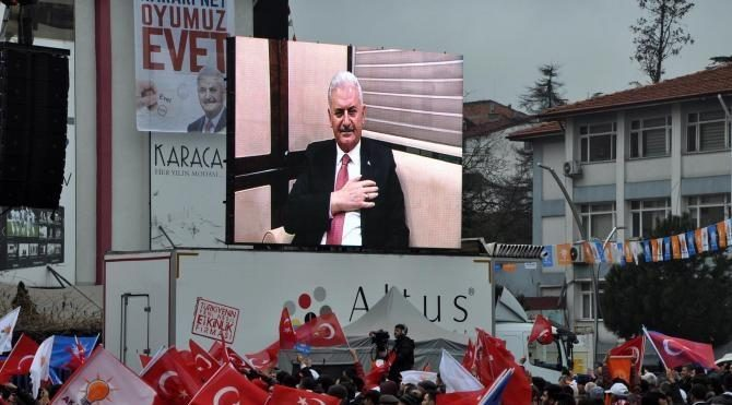 Başbakan Yıldırım: Cumhuriyet'e el uzatan karşısında bizi görür