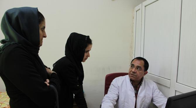 Şemdinli'de görevli Dr. Çaka, 14 ayda 2 bin ameliyat yaptı