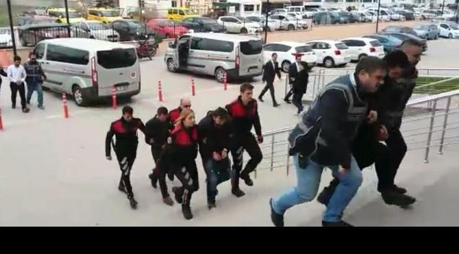Edirne'de telefon dolandırıcılarına polis operasyonu