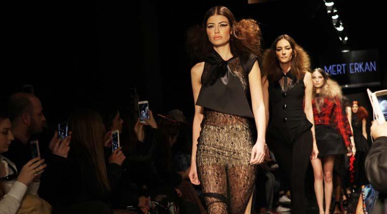 Modacı Mert Erkan'ın yeni koleksiyonu görücüye çıktı