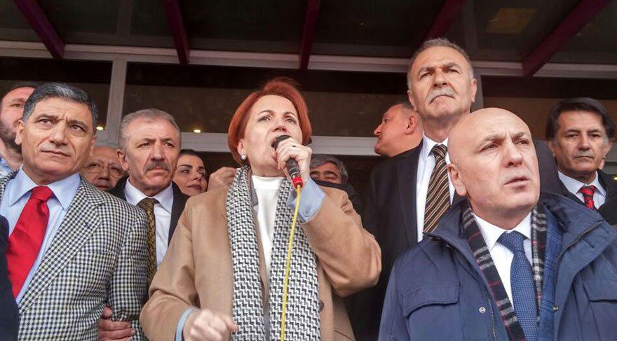 Meral Akşener: PKK paçavralarına izin verenler bize yasak getiriyor