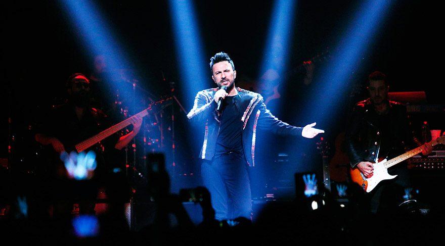 Megastar Tarkan, Los Angeles konseri ile Amerika konser serisini tamamladı