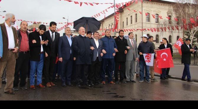 Sivas'ta TÜGVA öncülüğünde 'evet' yürüyüşü