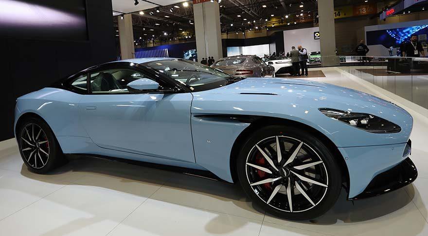 Acun Ilıcalı, 575 bin Euro'ya kendisine yeni bir otomobil satın aldı