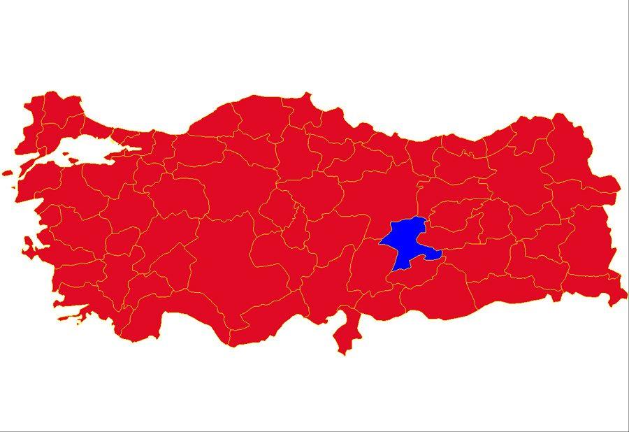 Mavi 'evet, kırmızılar 'hayır' 1988 referandumunda memleketi Malatya dışında hiçbir kent Başbaktan Özal'ı dinlemedi...