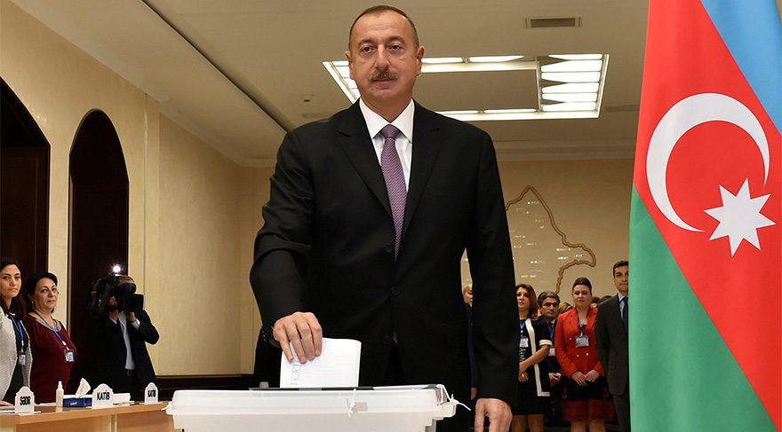 Cumhurbaşkanı Erdoğan'ı ilk tebrik eden Azerbaycan lideri Aliyev'in başı büyük dertte