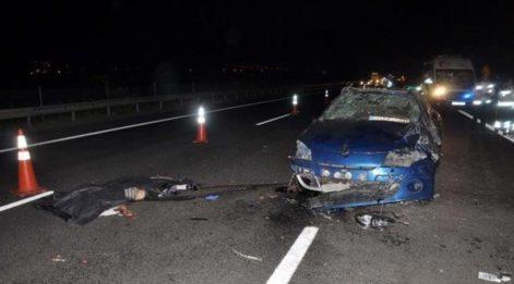Sürücünün kontrolünden çıkan otomobil takla attı: 2 ölü, 1 yaralı