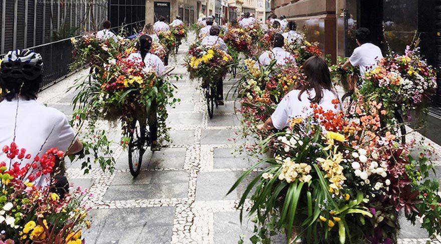 Sao Paulo sokaklarına çiçek istilası