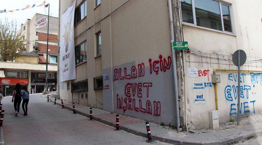 'Allah için evet' yazısıyla referandum çalışması
