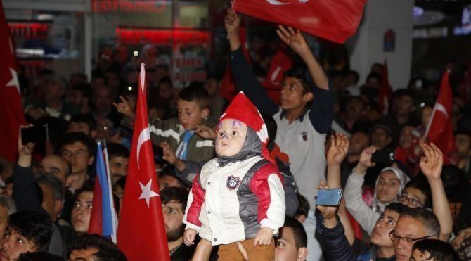 Nevşehir'de 'evet' kutlaması