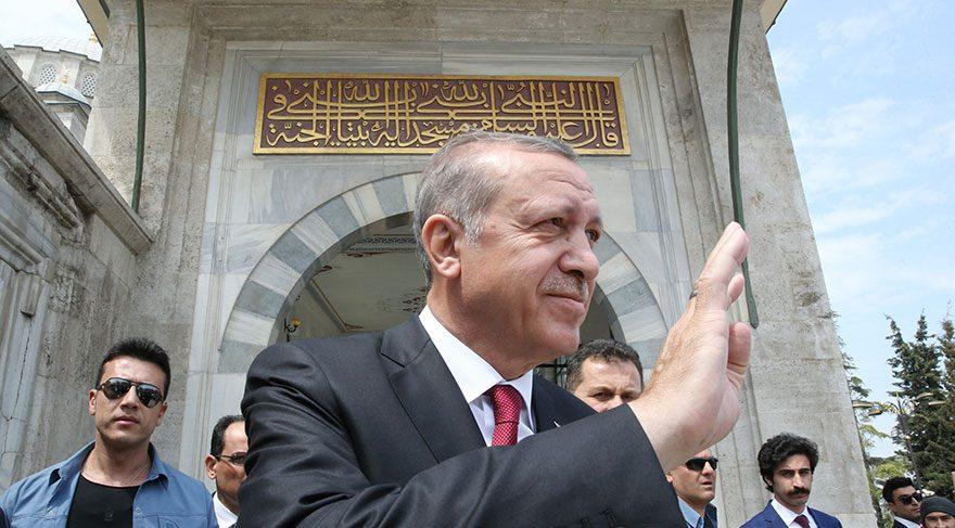 Erdoğan'dan Fatih Sultan Mehmet'e ziyaret