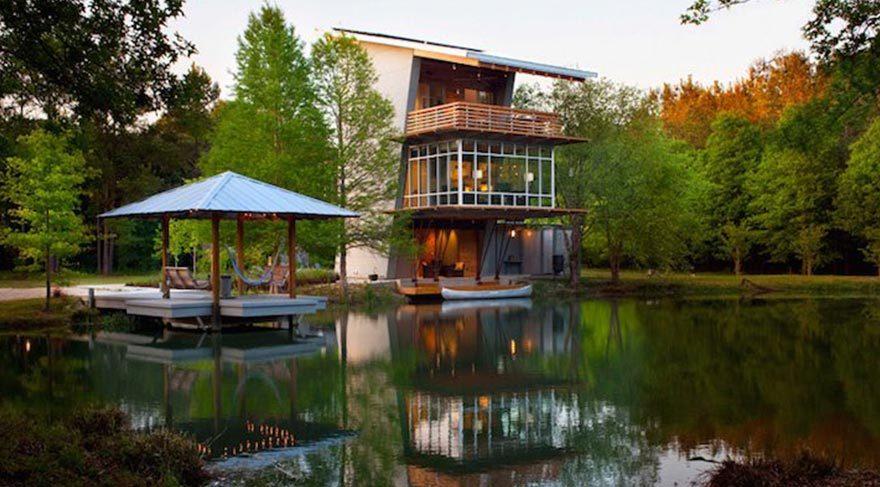 Bu göl evi enerji üretiyor