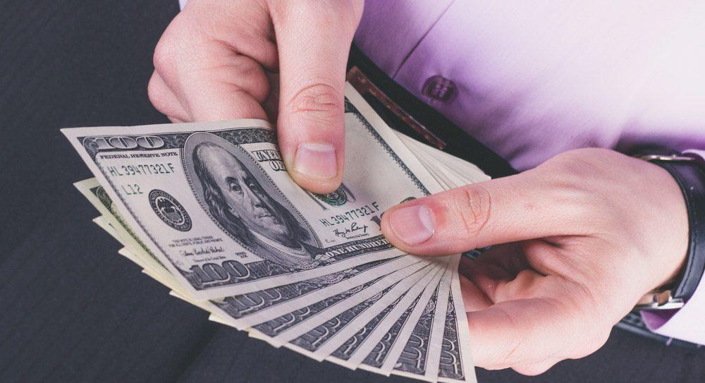 Şirketlere döviz kredisi zorlaşacak mı?