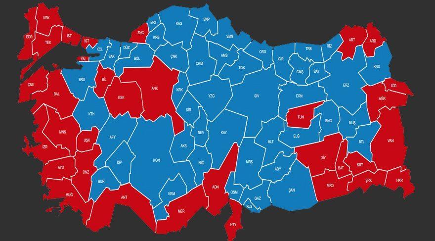 16 Nisan referandumu sonuçları.. Kırmızı 'hayır' maviler 'evet' diyen kentler.
