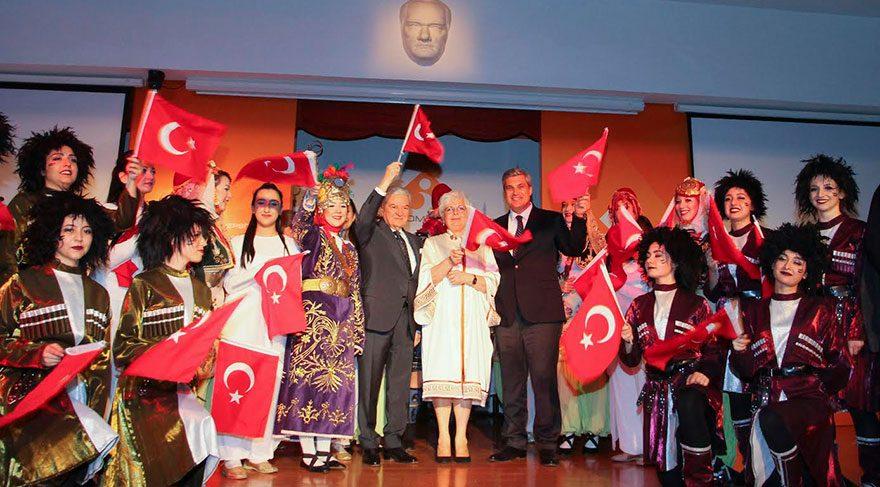 İzmir Ekonomi Üniversitesi 16. yaşını kutladı