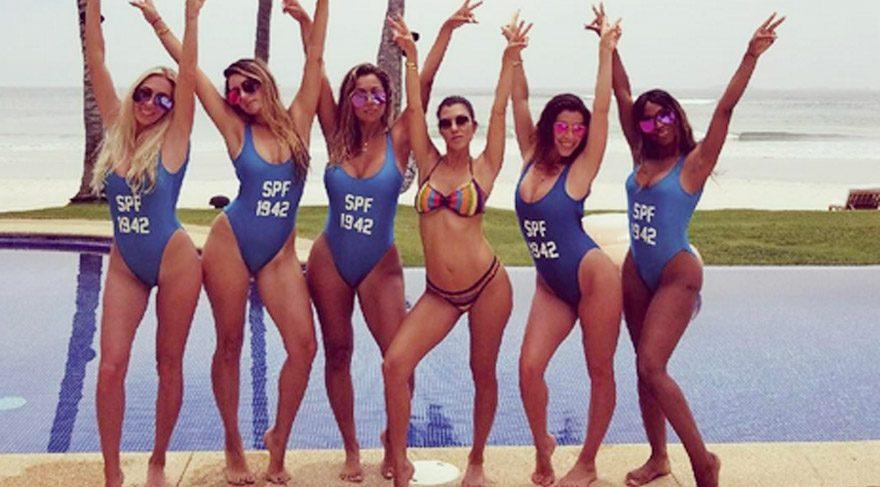 Kourtney Kardashian'dan havuz ve plaj fotoğrafları