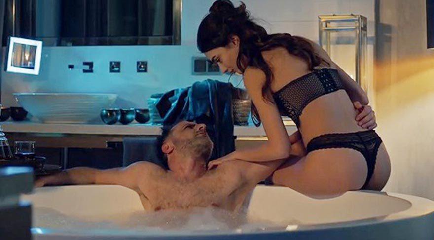 Sıcak Arzular 18 İzle  1080p Erotik film izle