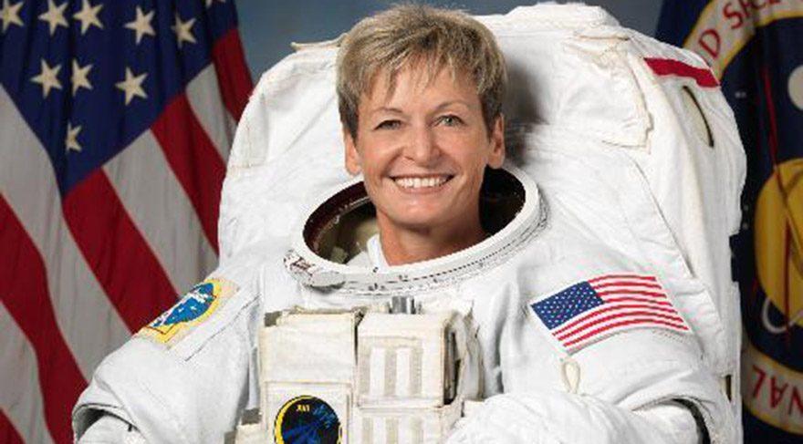 ABD'li astronot Dr. Peggy Whitson uzaya giden en yaşlı kadın oldu