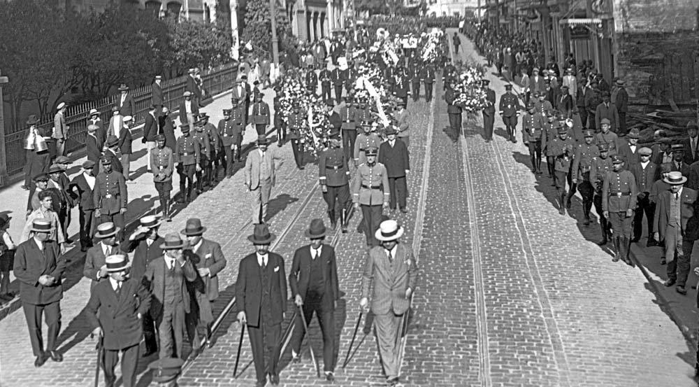 İstiklal Caddesi 1930 Fotoğraf: Depo Photos