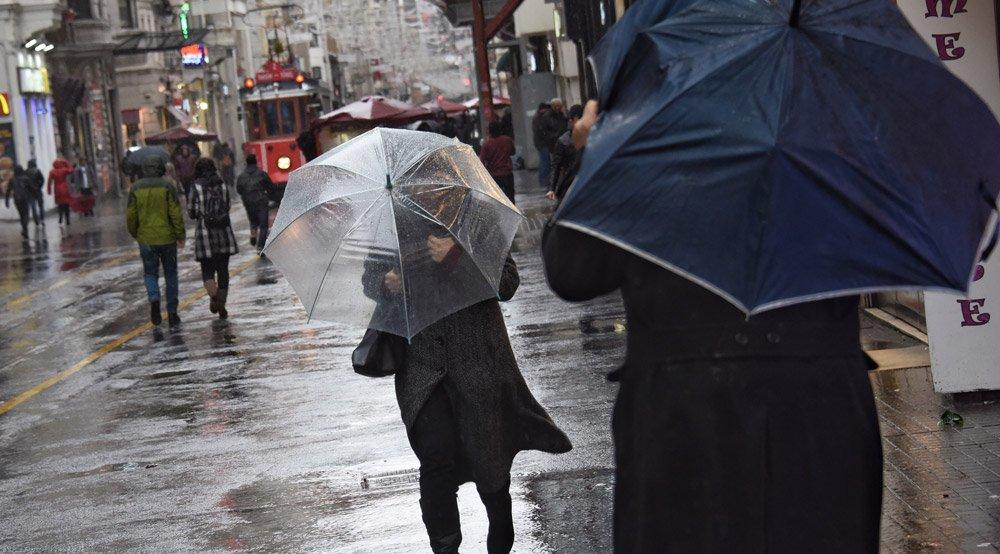 İstiklal Caddesi şu anda İstanbul'a yakışmayan bir görünüme sahip. Fotoğraf: Depo Photos
