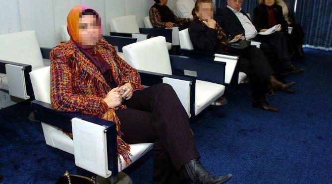 Başsavcıyla ilgili paylaşımı tepki çeken kadın avukatın FETÖ bağlantıları ortaya çıktı