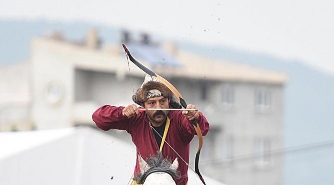 Altın Ok Festivali'ne renkli açılış (2)