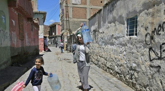 Yıkıma başlanan Alipaşa Mahallesi'nde sular da kesildi