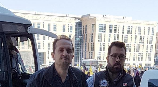 Kayseri'de FETÖ şüphelisi 9'u avukat 11 kişi adliyede