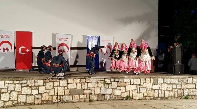 Prizren'de düzenlenen Gençlik Şöleni büyük beğeni topladı