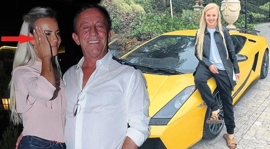Ağaoğlu'nun sevgilisi Duygu Su Gürpınar işe Lamborghini ile gidiyor