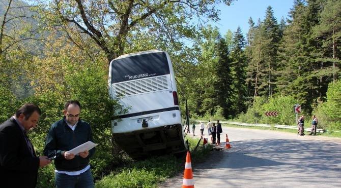 Dere yatağına düşen otobüste 7 yaralı