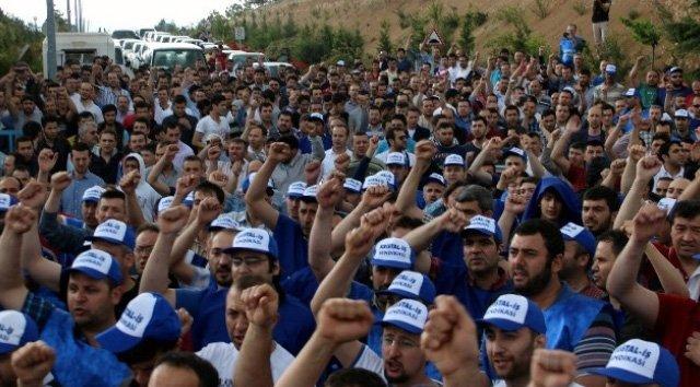 şişe cam işçileri yürüyor ile ilgili görsel sonucu