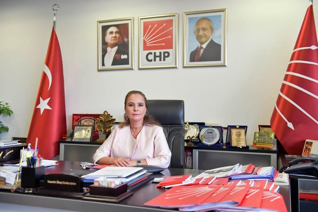 CHP Genel Başkan Yardımcısı Yasemin Öney Cankurtaran İstanbul Valiliğin kararına tepki gösterdi.