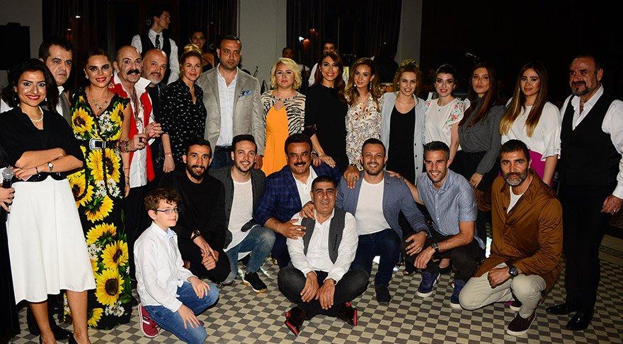 Selda – Mehmet Topal çifti, huzurevi sakinlerini iftar davetinde ağırladı