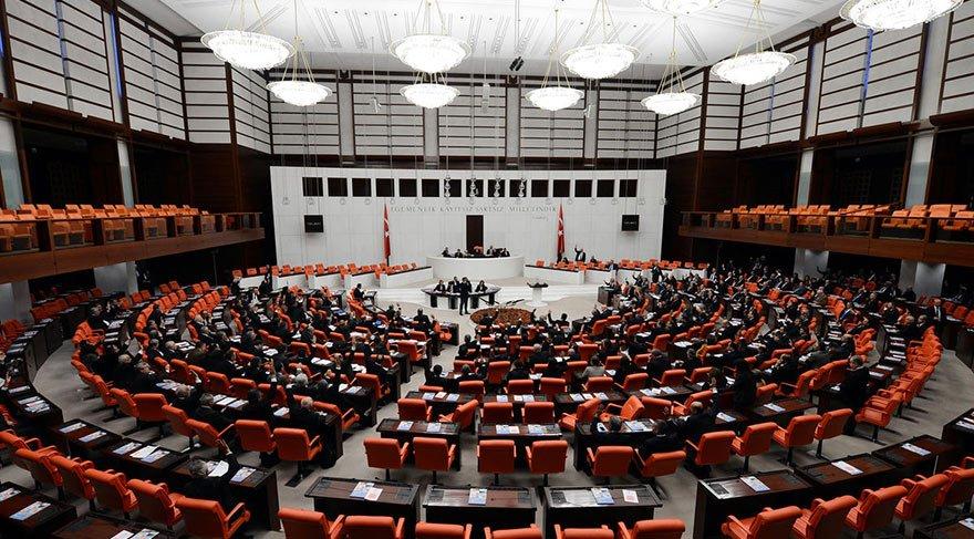 Meclis'te yeniden yapılandırma teklifi kabul edildi!